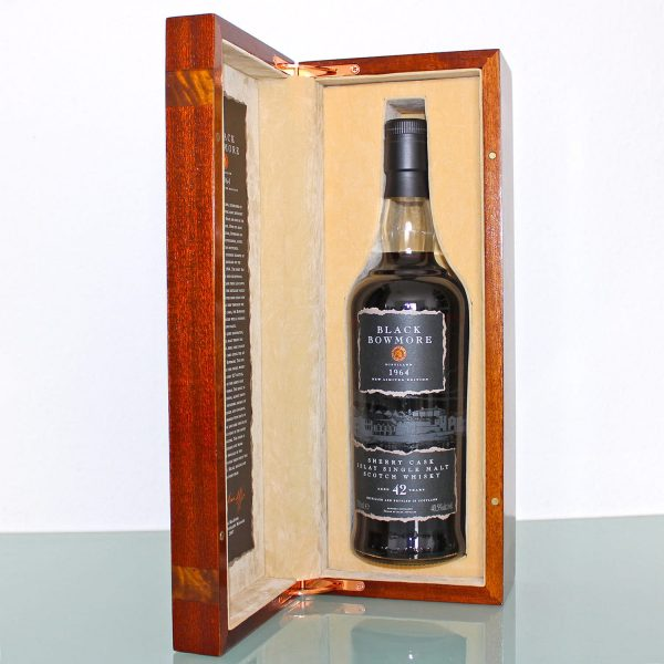 Black Bowmore 1964 42 Years Old box