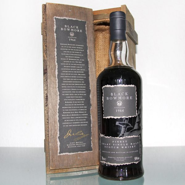 Black Bowmore 1964 29 Years Old 1st Edition box
