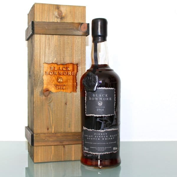 Black Bowmore 1964 29 Year Old 1st Edition wax seal