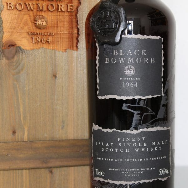 Black Bowmore 1964 29 Year Old 1st Edition wax seal label
